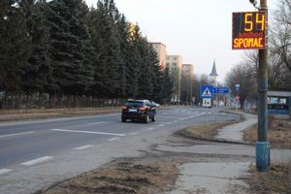 Strážske. Z analýz meračov vyplýva, že niektoré autá jazdia po meste aj vyše 150 km/h.