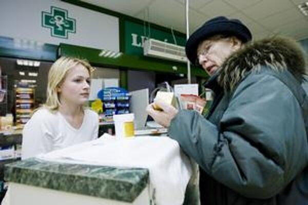 Vlani sme platili vyššie doplatky na predpísané lieky ako za minulej vlády.