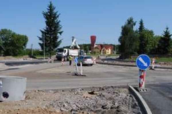 Výjazd zo štvorprúdovej cesty na Zbudzu bude približne deväť dní uzavretý.