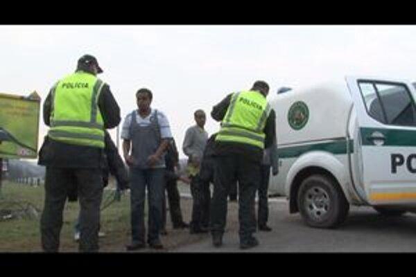 Somálčania. Štyria obvinení muži im cez hranice pomáhali od januára.