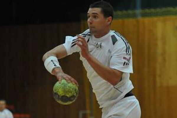 Krídelník HC winLand Matúš Miňo. V piatok strelil Považskej Bystrici dva góly.