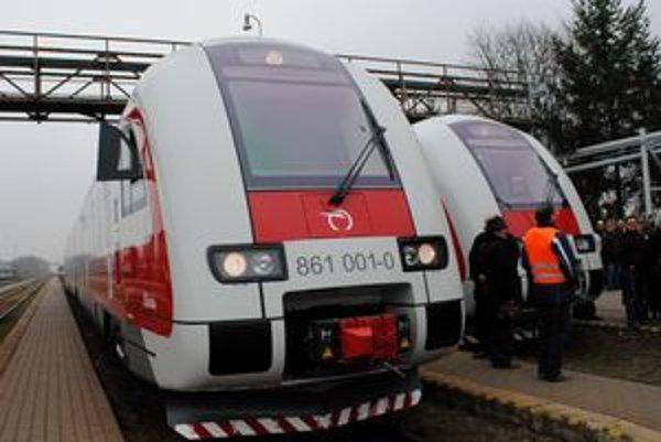 Eva a Mária. Nové vlaky budú premávať na tratiach východného Slovenska od 11. decembra.