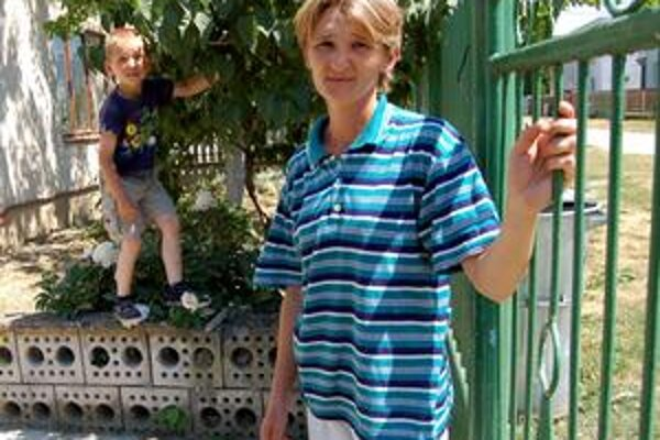 Matka je v šoku. Patrikova mama je v šoku. Len šla dať mladšie dieťa spať a chlapca už na dvore nebolo.