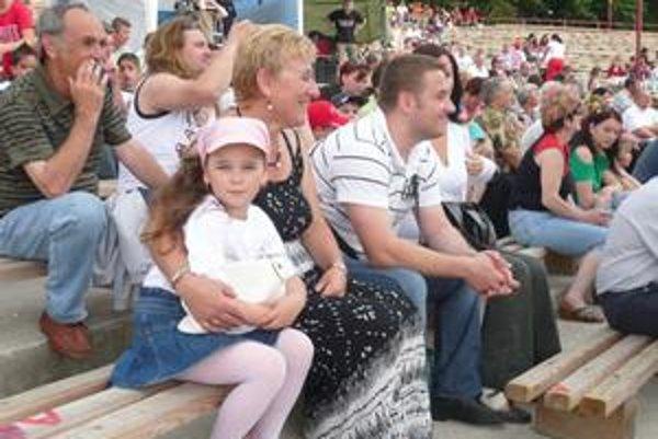 Návštevníci. Vyberali si zo žánrovo pestrých programov obidvoch festivalov v Hornom Zemplíne.