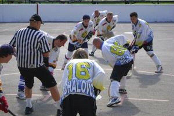 Finále. V záverečnom stretnutí turnaja si celkové víťazstvo vybojovali Michalovčania.