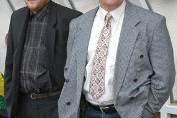 Pavol Diňa. Sninský tréner (vpravo) už má v kádri dve posily.