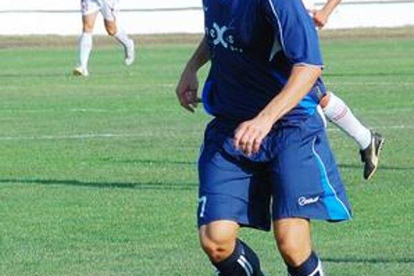 Ján Ovšianik derby dohral so zlomeným prstom.