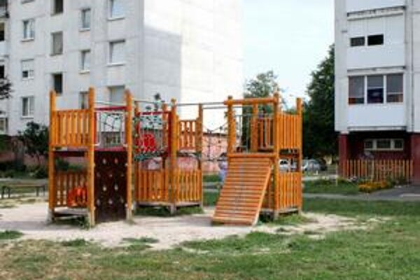 Vybavenie sídlisk. Obyvatelia by privítali viac priestorov pre deti.