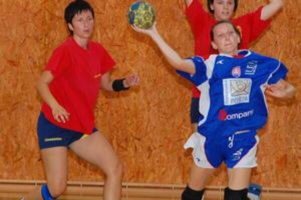 Kvalitná previerka. Hádzanárky Michaloviec čaká kvalitne obsadený turnaj v domácom prostredí.