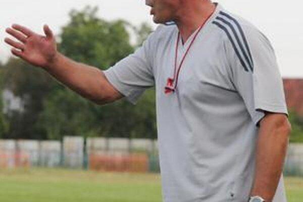 Tréner Martin Úporský nad návratom medzi žrde neuvažuje.