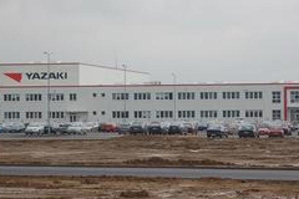 Závod Yazaki v Michalovciach zamestná ďalších 750 až tisíc ľudí.