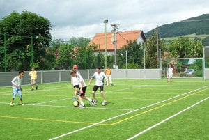 Nové športovisko využívajú hlavne futbalisti a tenisti.