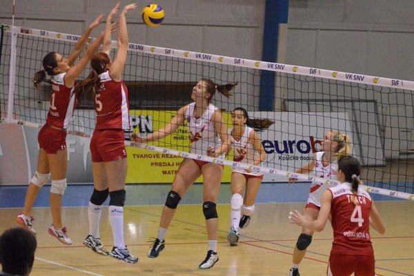 Hladké víťazstvá. Ženy nad Prešovom a kadetky nad Michalovcami vyhrali zhodne 3:0.