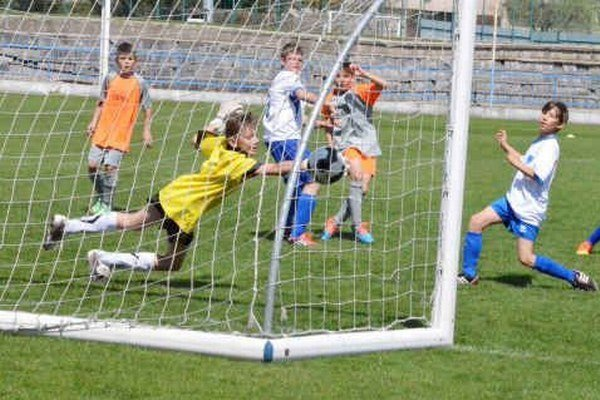 Najmladší futbalisti úspešní. Nad rovesníkmi z Popradu žiaci U13 a U12 dosiahli vysoké víťazstvá.