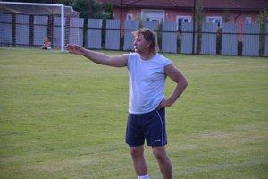Brankár – tréner. Radek Sasák momentálne chytá v letnej príprave za Veľký Folkmar a hľadá za seba náhradu.