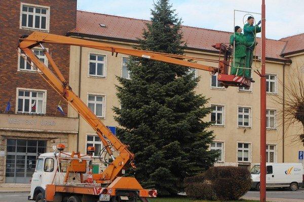 Vianočná výzdoba ostane oproti vlaňajšku nezmenená.