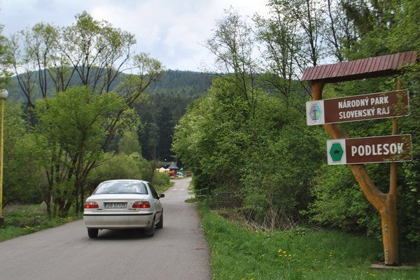 Podlesok. Na týchto miestach postavia jednu zo vstupných brán do Slovenského raja.