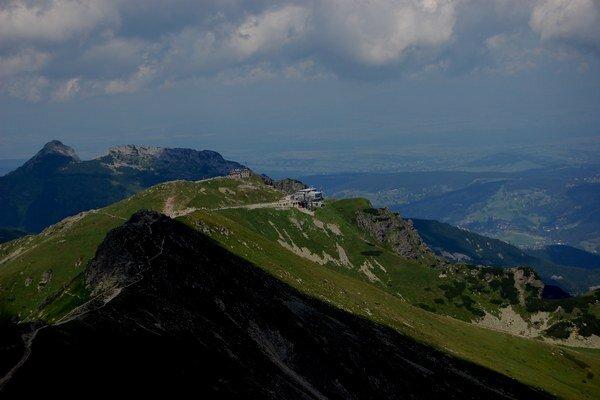 Zábery z poľskej strany Tatier. E. Šteinerovi sa podarilo zachytiť krásu hôr.