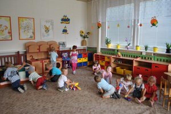 Škôlka na Ružovej. Do februára bude škôlka fungovať v obmedzenom režime.
