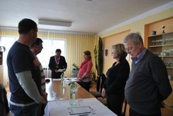 V utorok sa už noví náhradníci ujali svojich poslaneckých stoličiek.