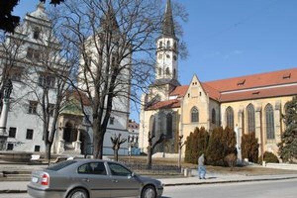 Levoča. V meste vyrastie nové obchodné centrum.