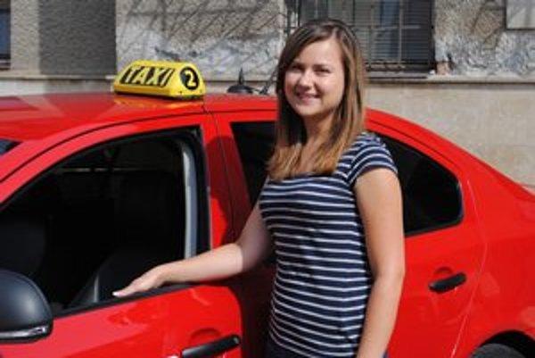 Zuzana presne vie, čo chce v budúcnosti robiť. Svoj život spojila s taxíkmi.