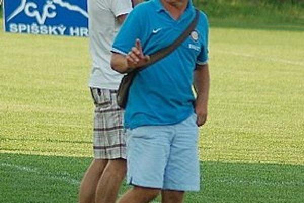 Dvojnásobná oslava. Tréner Jozef Komara oslávil cez víkend narodeniny a dôležité víťazstvo.