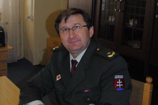 Valentín Vavrek je novým riaditeľom Obvodného oddelenia PZ v Spišskej Novej Vsi.