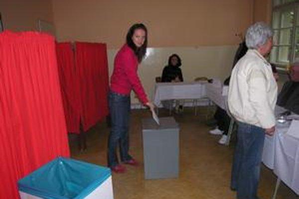 Na Spiši boli voľby pokojné, volebné miestnosti navštevovali obyvatelia regiónu pomenej.