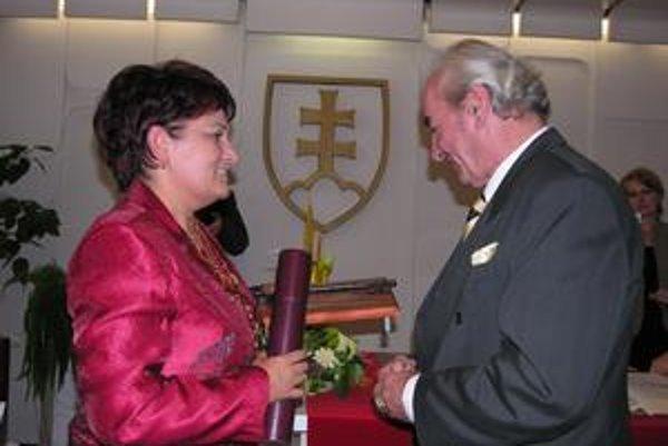 Ondrej Lenárd. Dirigentovi svetového formátu, rodákovi z Krompách, udelilo mesto čestné občianstvo v roku 2007.