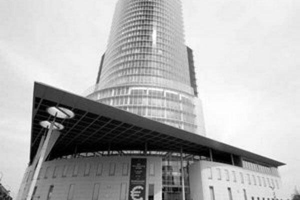 Národná banka zasiahla od decembra proti korune už štyrikrát.
