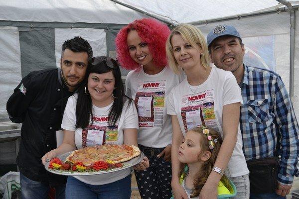 Majstrovstvá Slovenska vpečení pizze. Takúto pizzu pripravila naša redakcia.