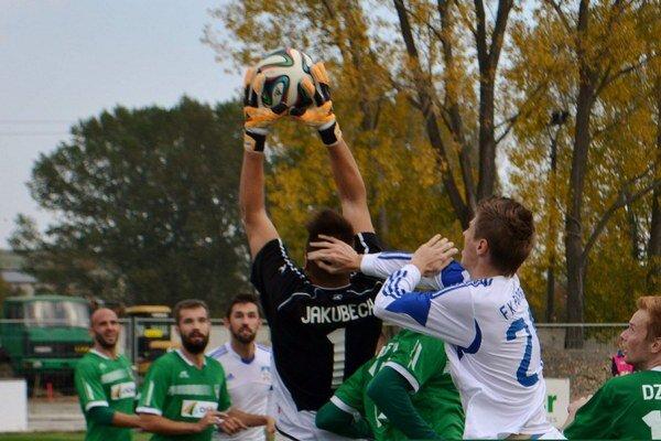 Prvá domáca prehra. Poprad pred svojimi fanúšikmi podľahol Prešovu 1:3.