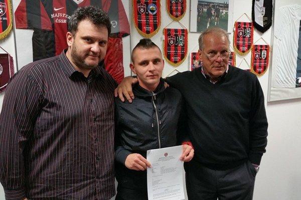 Matúš Čonka predĺžil zmluvu so Spartakom Trnava.