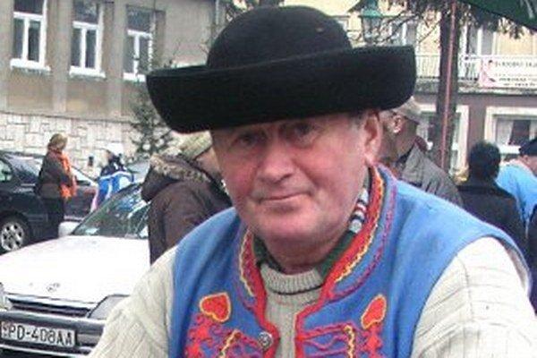 Ľudovít Vojtko pôsobil aj vo Folklórnom súbore Hájiček z Chrenovca-Brusna.