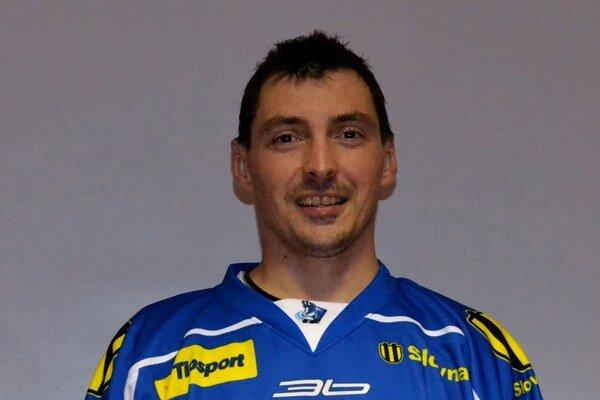 Ľubomír Vaic. Po zranení kolena sa vrátil späť na ľad.