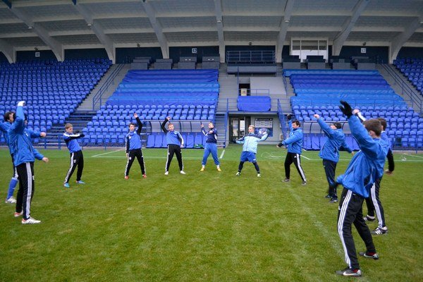 Trénujú aj v NTC. Futbalisti Popradu sú už v zimnej príprave.