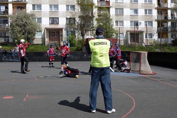 Víťazný gól. Pre HC Luník znamenal postup do semifinále.