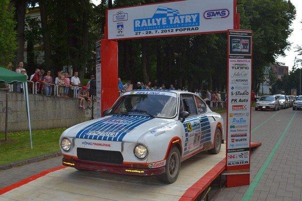 Škoda 100 Rapid. Nechýbala na minuloročnej Rallye Tatry.