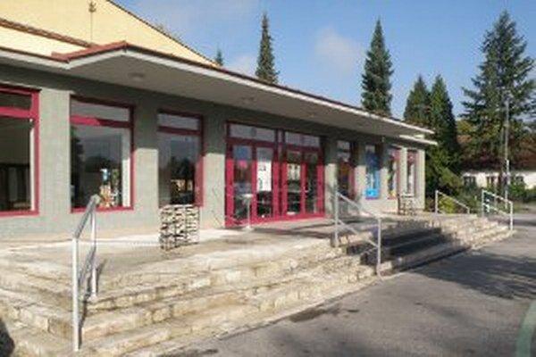 Art Point Centrum - kino Baník v Prievidzi,