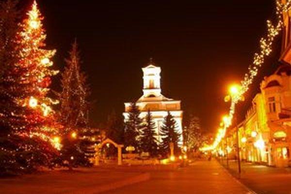 Popradské námestie by malo ožiť opäť aj mimo Vianoc.