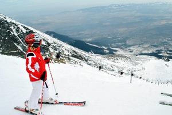 Aký bude 2010? Deväťpercentný pokles návštevníkov cez zimnú sezónu nedáva istotu, že rok 2010 bude v Tatrách lepší. Zázrak môže priniesť leto.