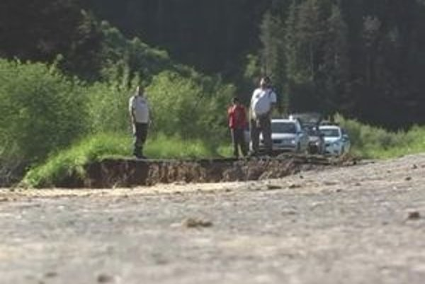 Pomoc v obci odrezanej od sveta v Kežmarskom okrese rozkradli.