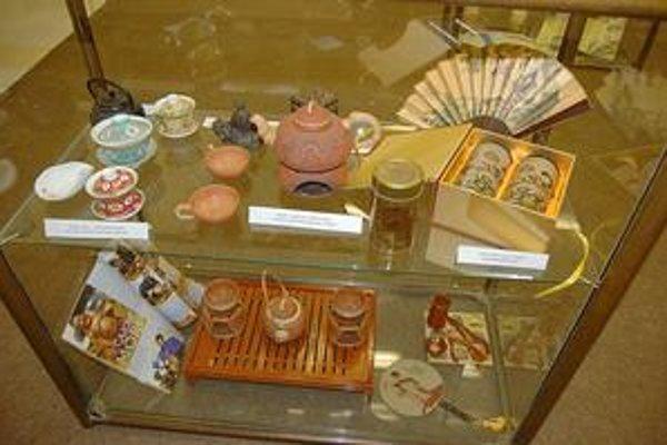Čajová výstavka. V Podtatranskom múzeu sa dozviete veľa o čaji.