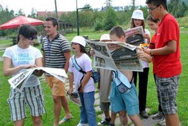 Korzárik. Deti sa nevedeli vynadívať na svoje výtvory v novinách. Nie je tábor ako tábor, Korzárland vydáva vlastné noviny.