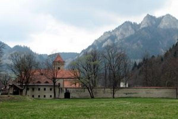Areál kartuziánskeho kláštora v Červenom Kláštore.