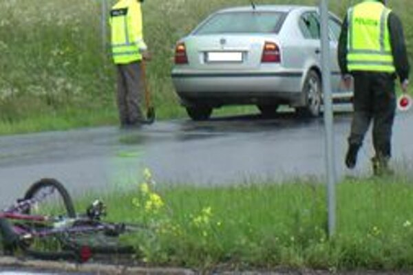 Miesto činu. Tu sa zrazil cyklista s autom.