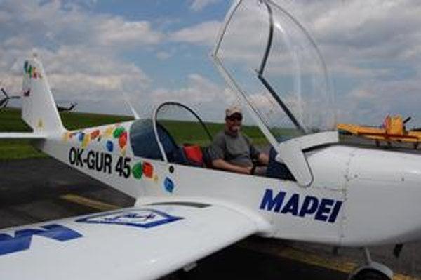Amatérsky pilot. Jaroslav Majer tvrdí, že lietanie je neopísateľné.