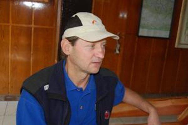 Branislav Síkorčin. Tento záchranár pomáhal v noci pri hľadaní poľského turistu na Gerlachovskom štíte.