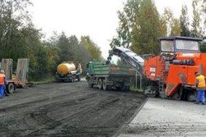 Obec Nová Lesná a Vysoké Tatry budú mať svoj prvý kruhový odjazd. Vyrastá priamo na katastrálnej hranici.